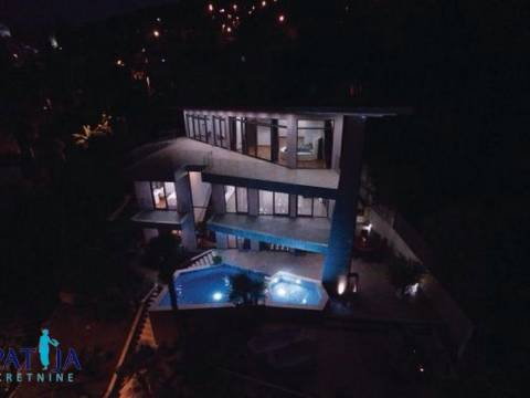 EXCLUSIVE!!!OPATIJA - CENTER, BEAUTIFUL NEW VILLA, 150 M FROM THE SEA !!!