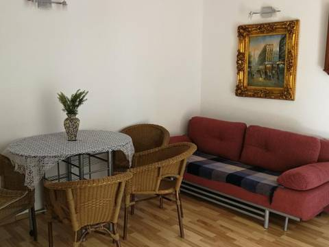 Makarska, okolica kompleks s 10 apartmana NAJAM